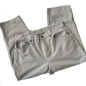 Lauren Jean Co Ralph Lauren Khaki Green Pants 6